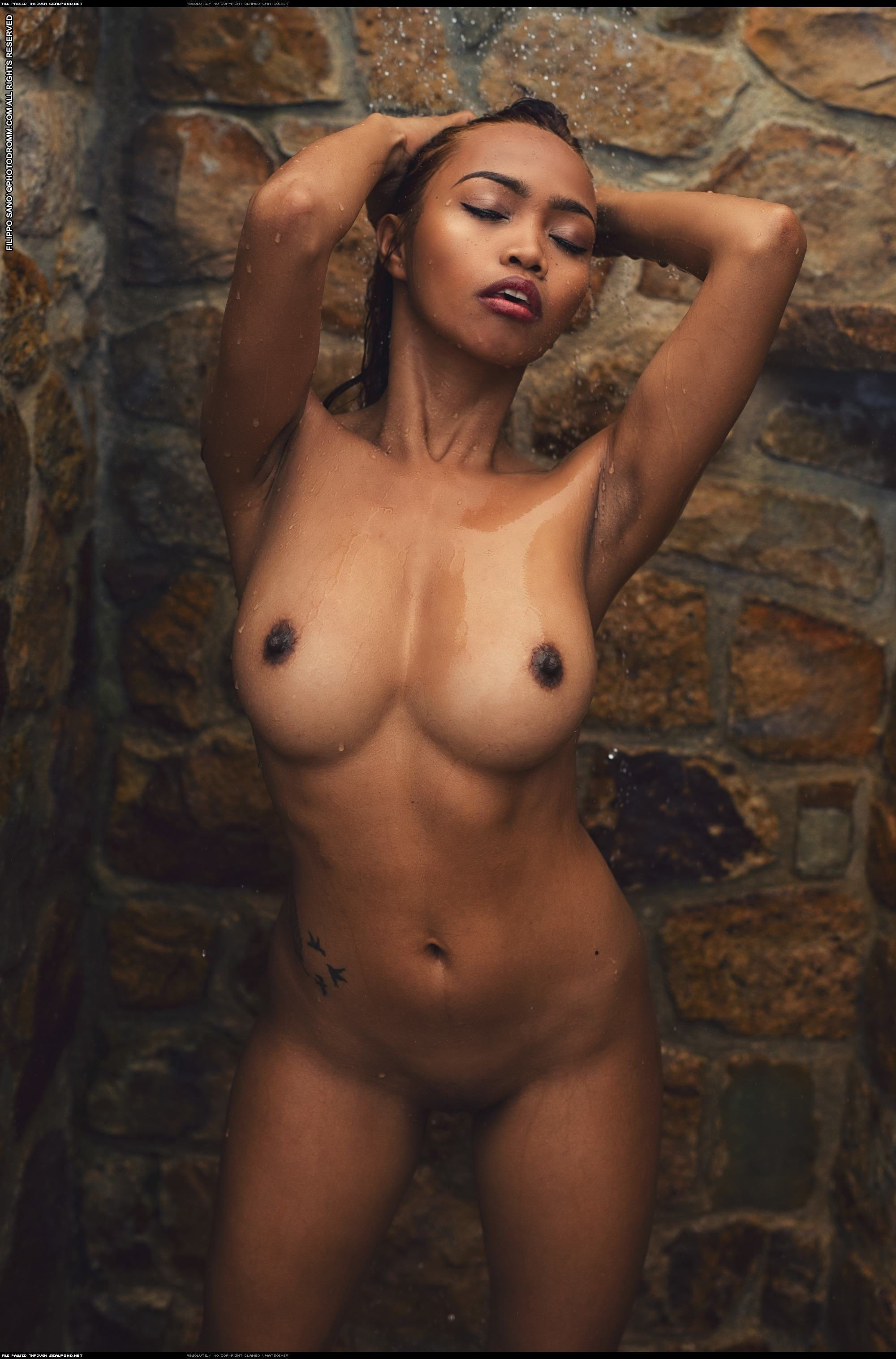 Serena Gordon  nackt