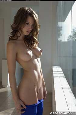 golie-milashki-golie