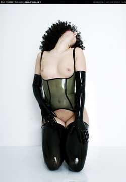 Image #26752 (fetish): latex, lilly, tits