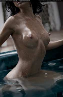 sealpond.net #5481 - oiled,tits,wet - a higher resolution version at http://sealpond.net/5481