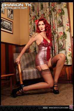 Image #37913 (fetish): latex, redhead, sharon tk
